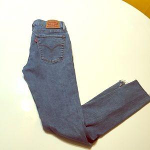 Levi's 710 Super Skinny Size 27 Worn 1X